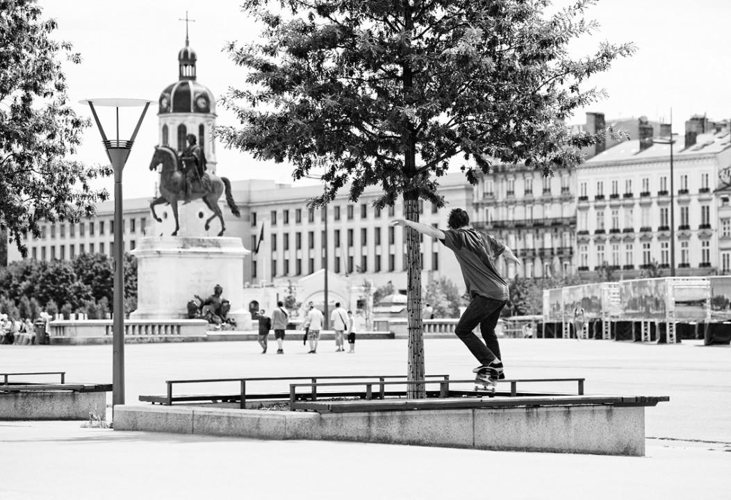 Boris Proust, skater: frontside feeble.
