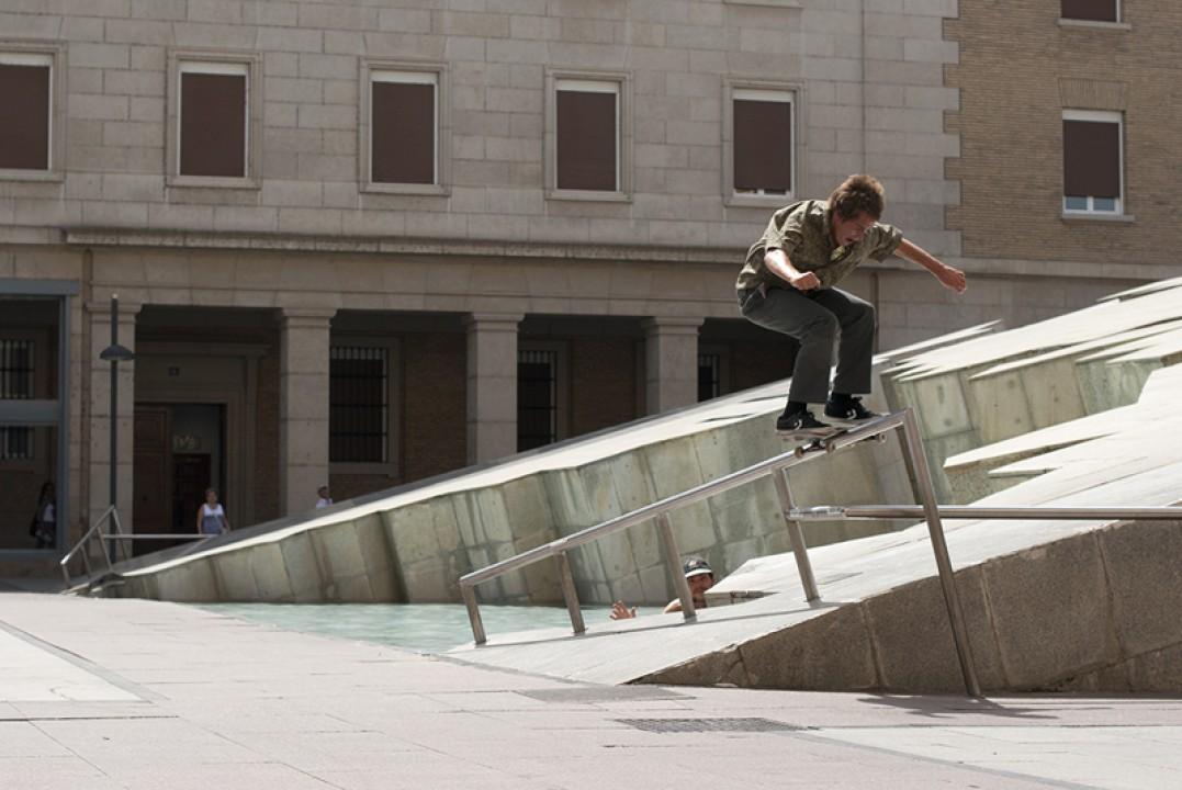 Fred Ploque-Santos, boardslide up.