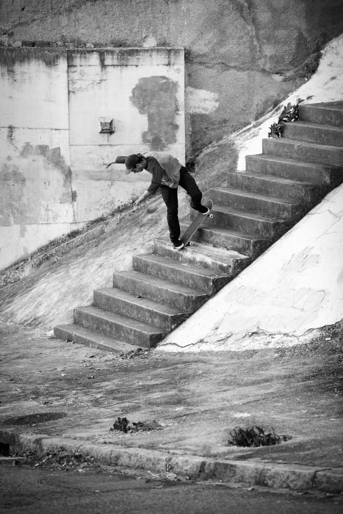 Kyron Davis, bs nosebluntslide. photo: Marcel Veldman