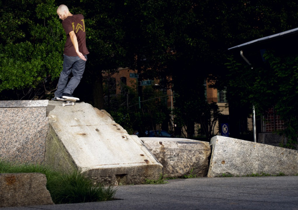 Mike Lent, ollie up fs rock.