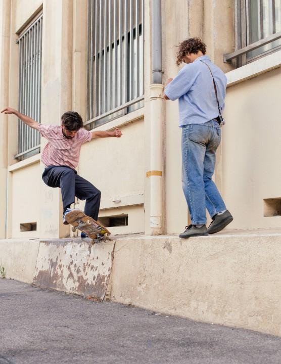 Clément Harpillard, boardslide nollie out. Ph.: Antoine 'Chuck' Jouguet
