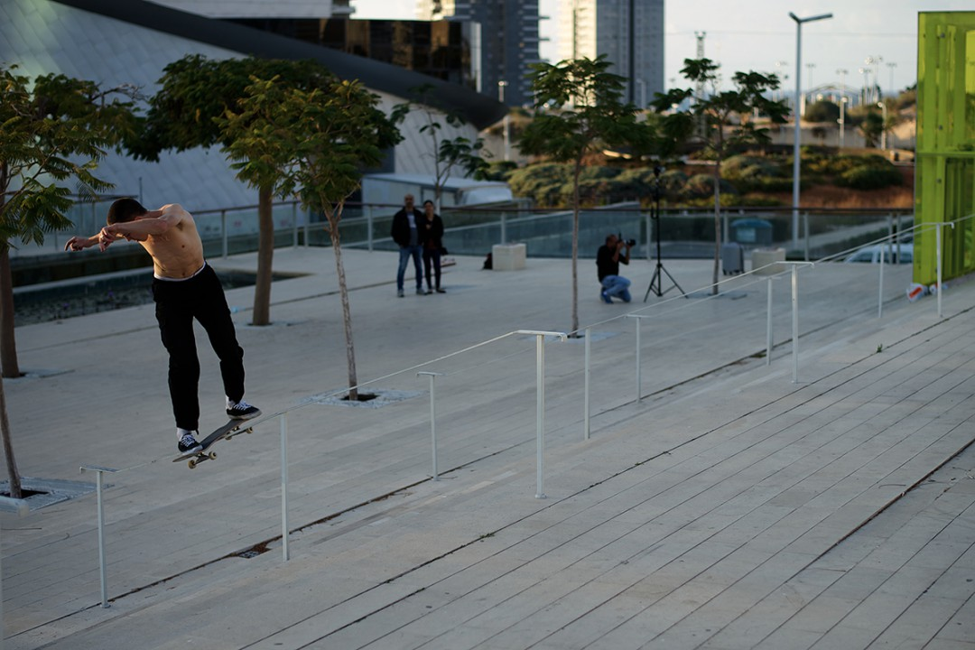 Johnny Purcell, BS lipslide. ph: Loïc Benoit